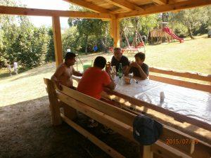 Okruženje za druženje i čašicu razgovora